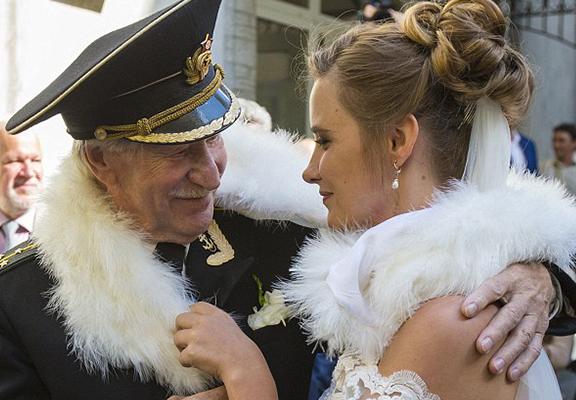 ACTEUR RUSSE MARIAGE C